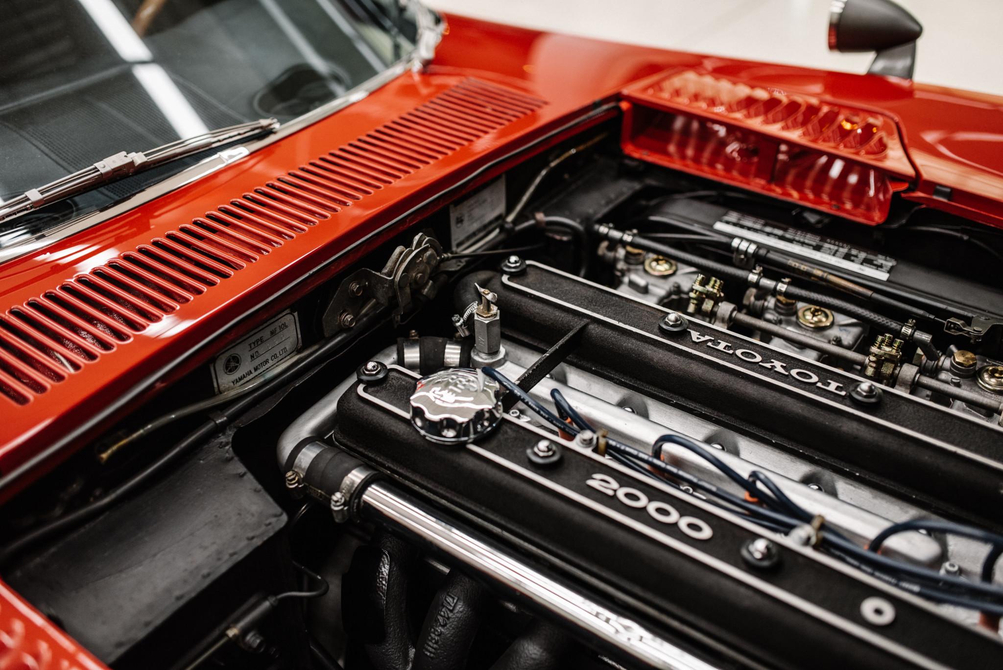 1967_Toyota_2000GT_0156