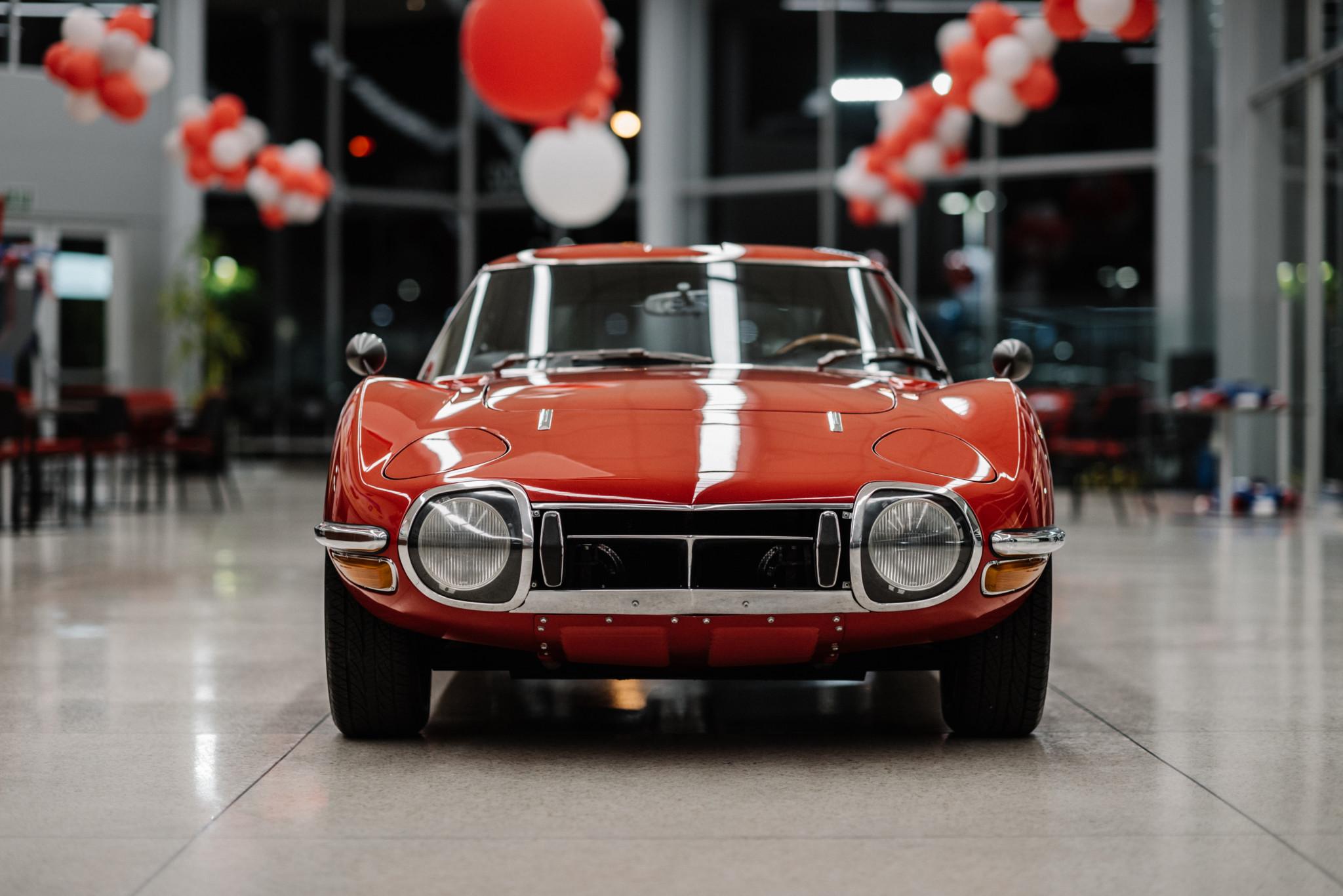 1967_Toyota_2000GT_0159