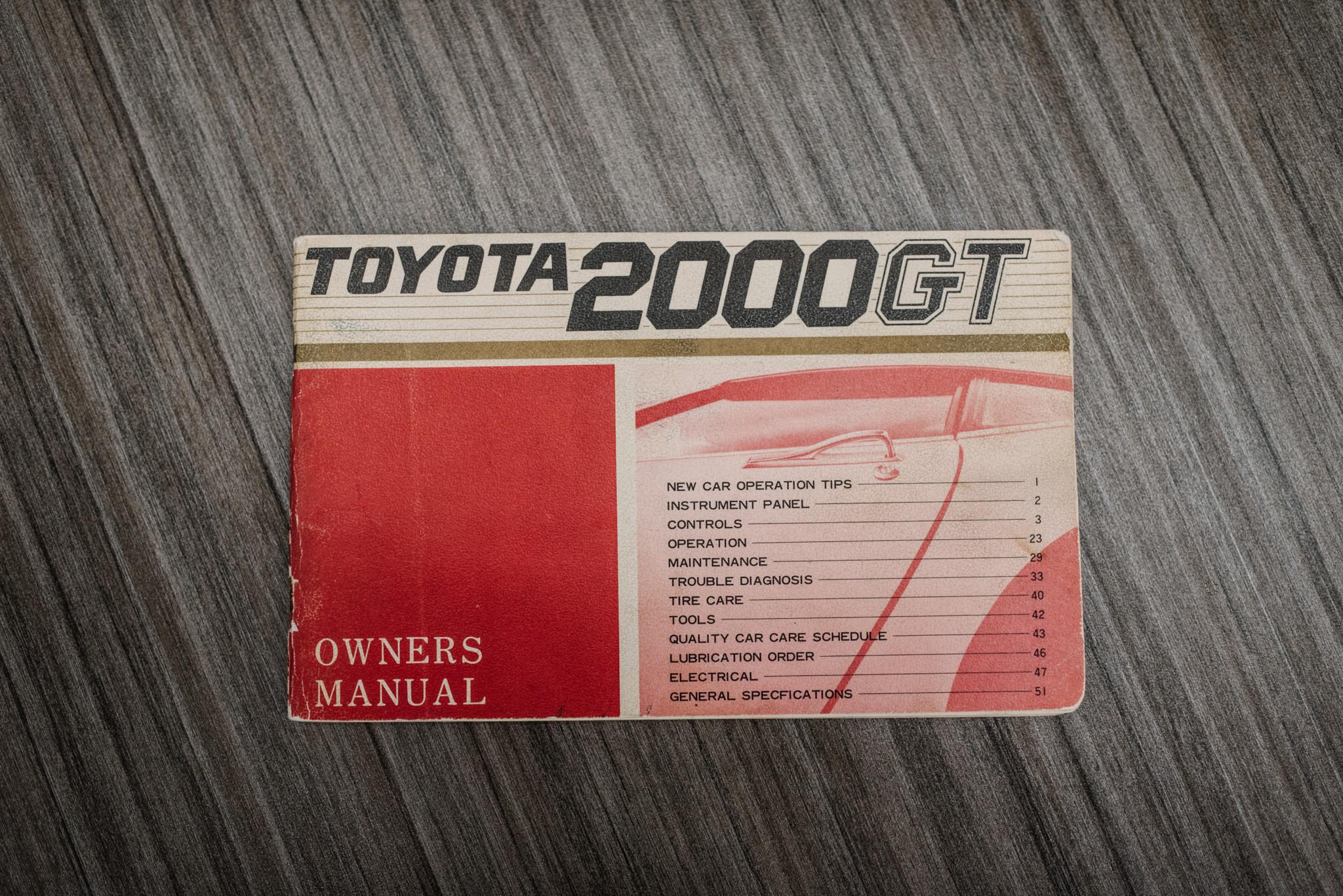 1967_Toyota_2000GT_0168