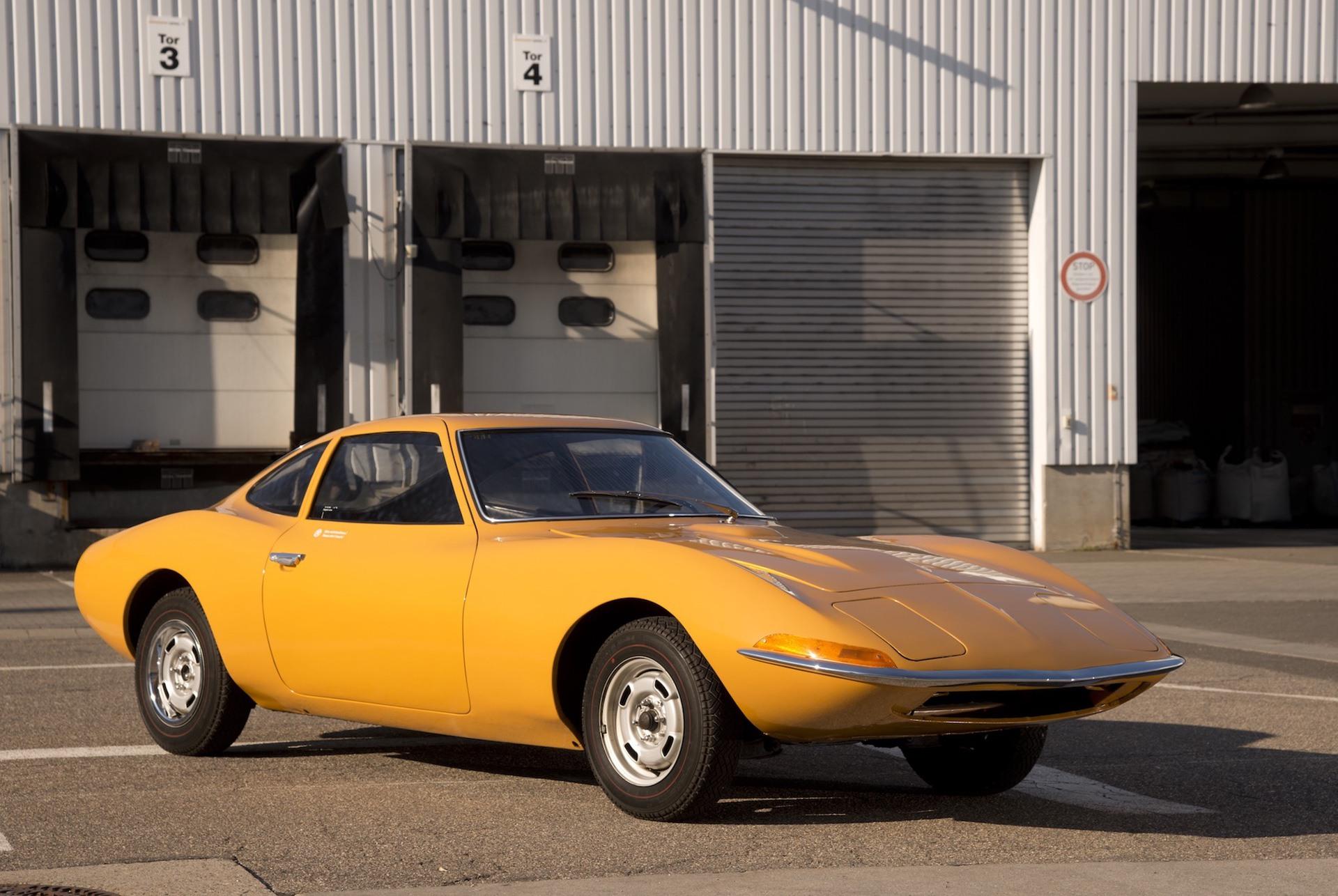 1968_Opel_GT_0006