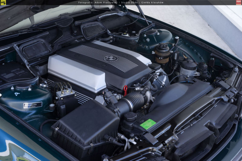 1997_BMW_740i_0004