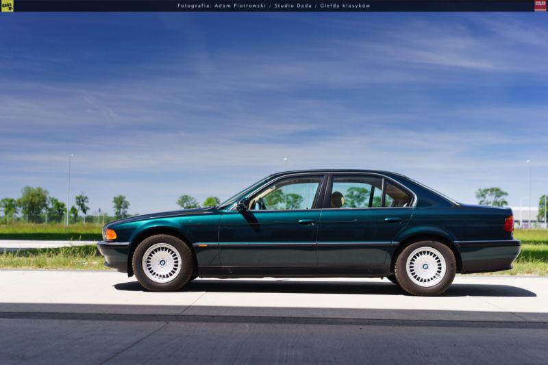 1997_BMW_740i_0010