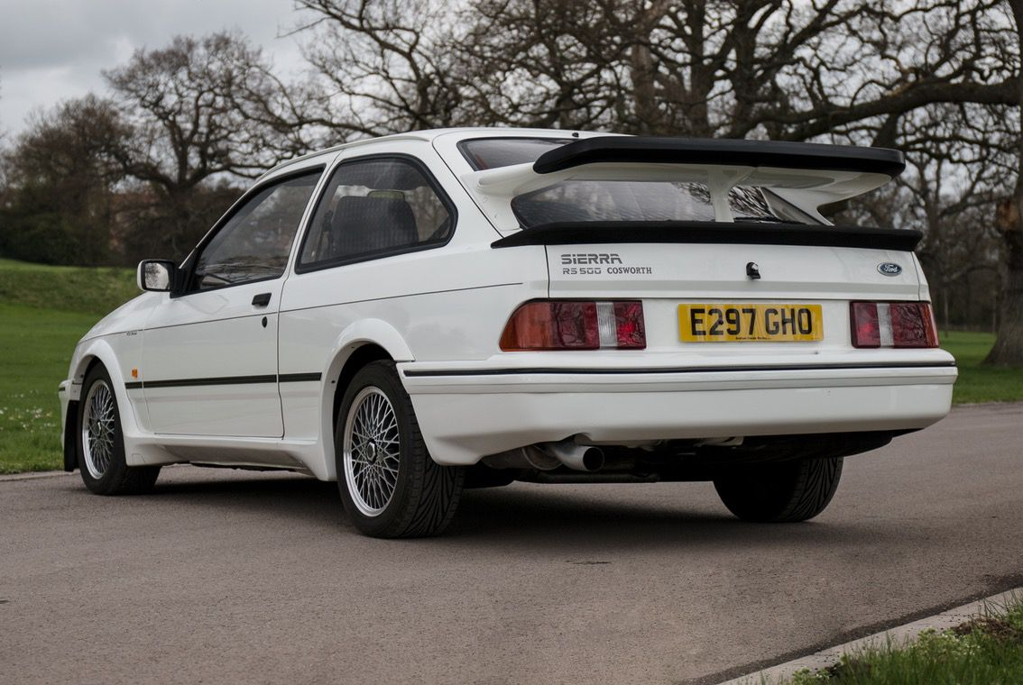 1987_Ford_Sierra_RS500_Cosworth_0000