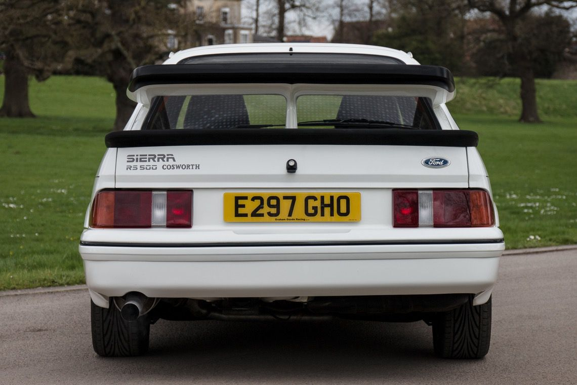 1987_Ford_Sierra_RS500_Cosworth_0002