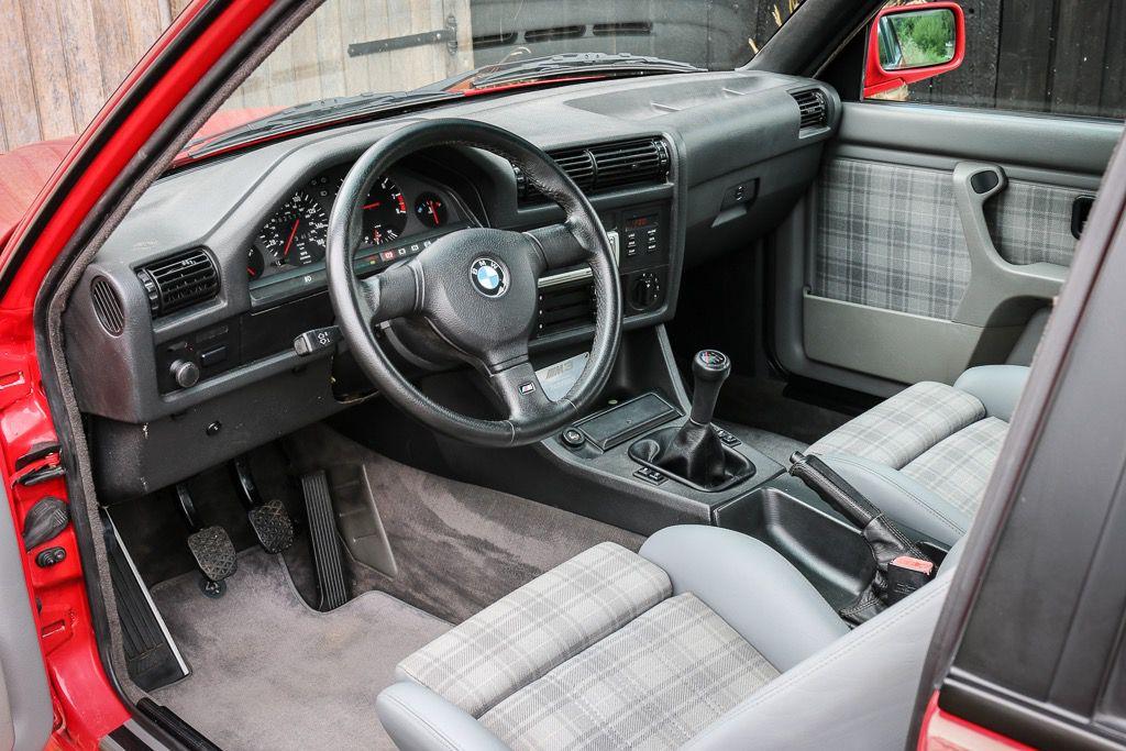 1988_BMW_E30_M3_Evolution-II_0004