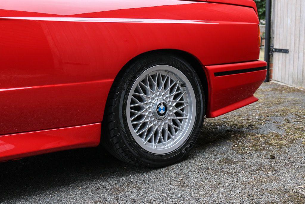 1988_BMW_E30_M3_Evolution-II_0006