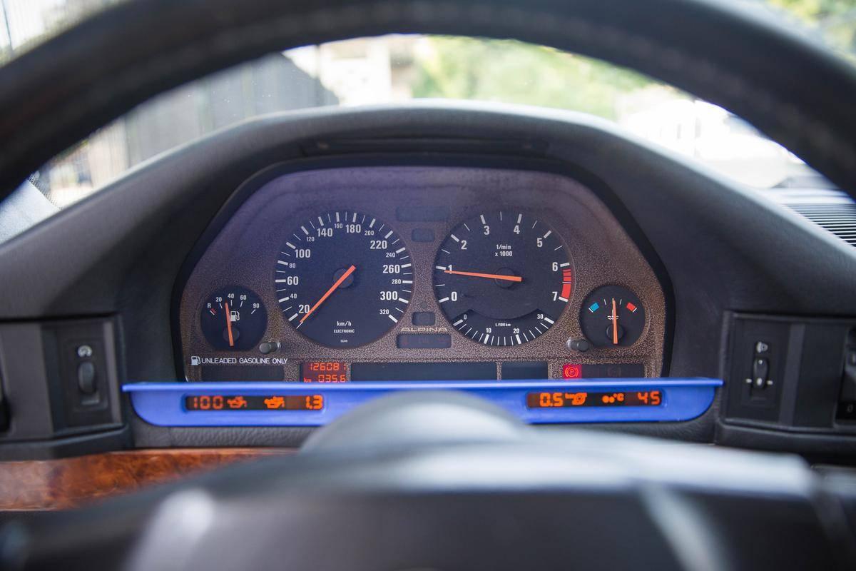1992_BMW_Alpina_B10_BiTurbo_0013