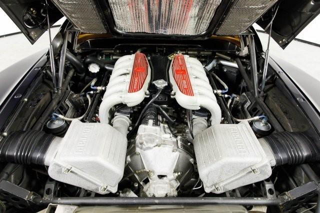 1992_Ferrari_512_TR_0010
