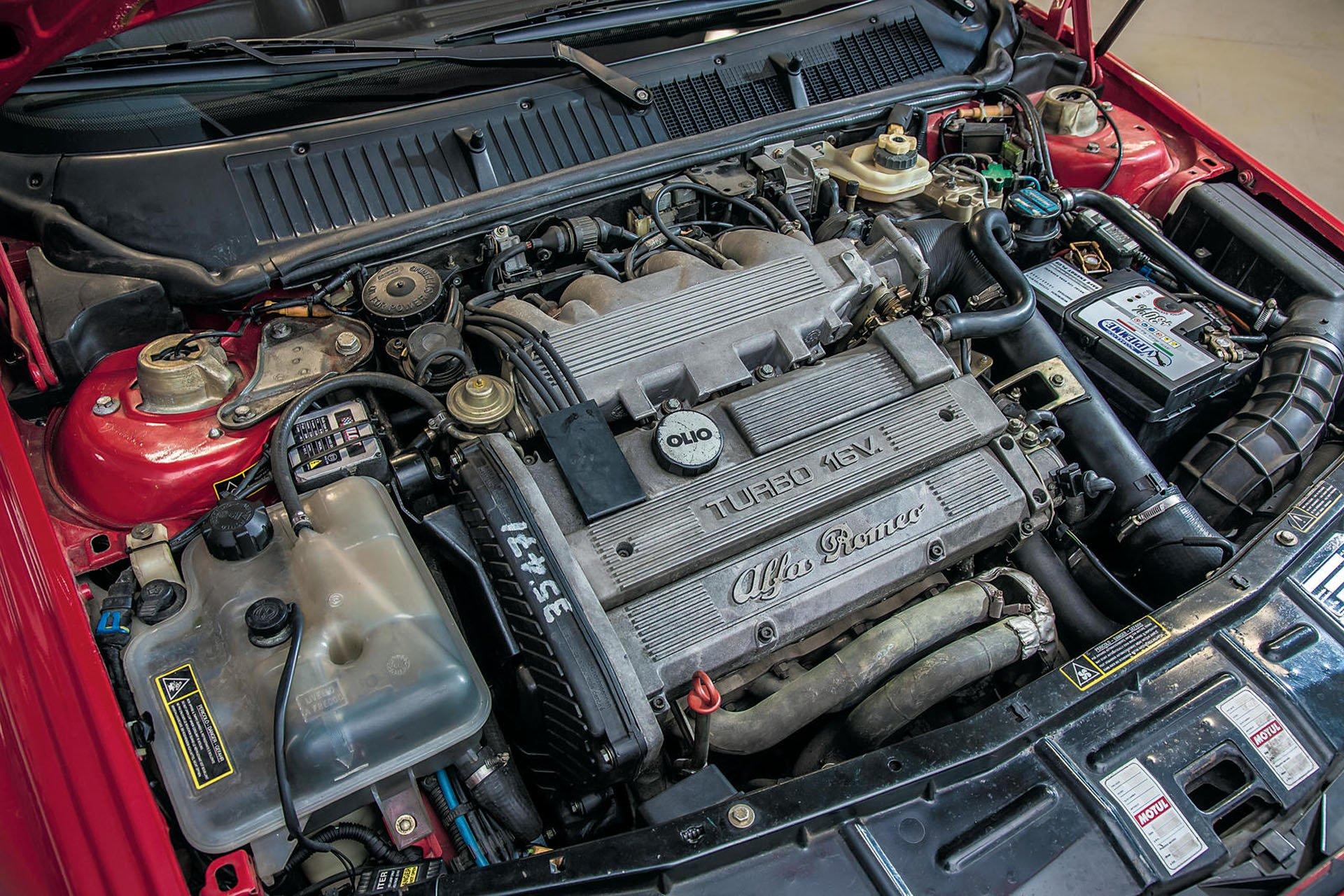 Alfa_Romeo_155_GTA_Stradale_05
