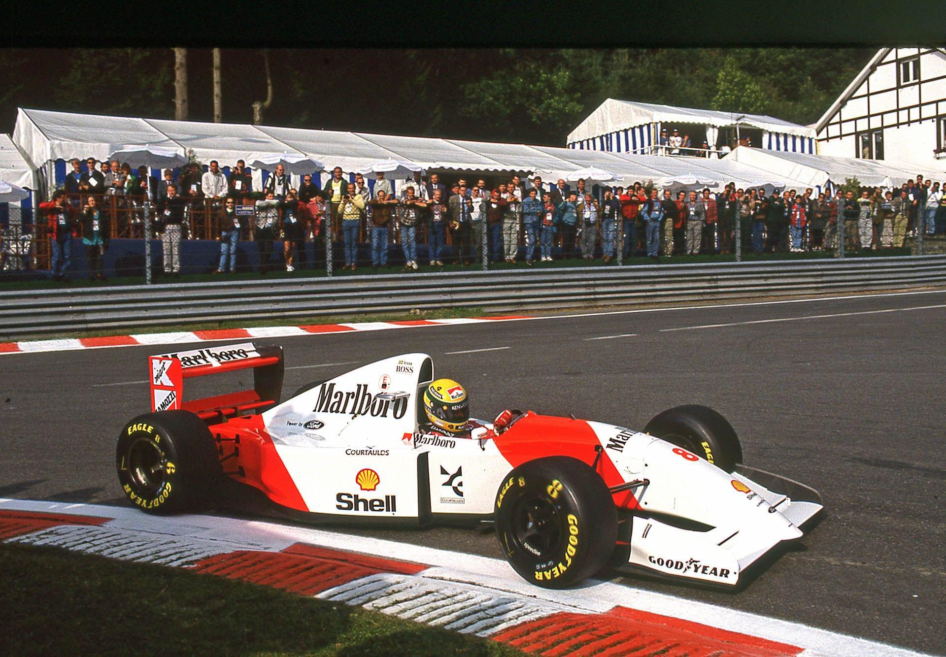 1993_McLaren_MP4_8A_0000
