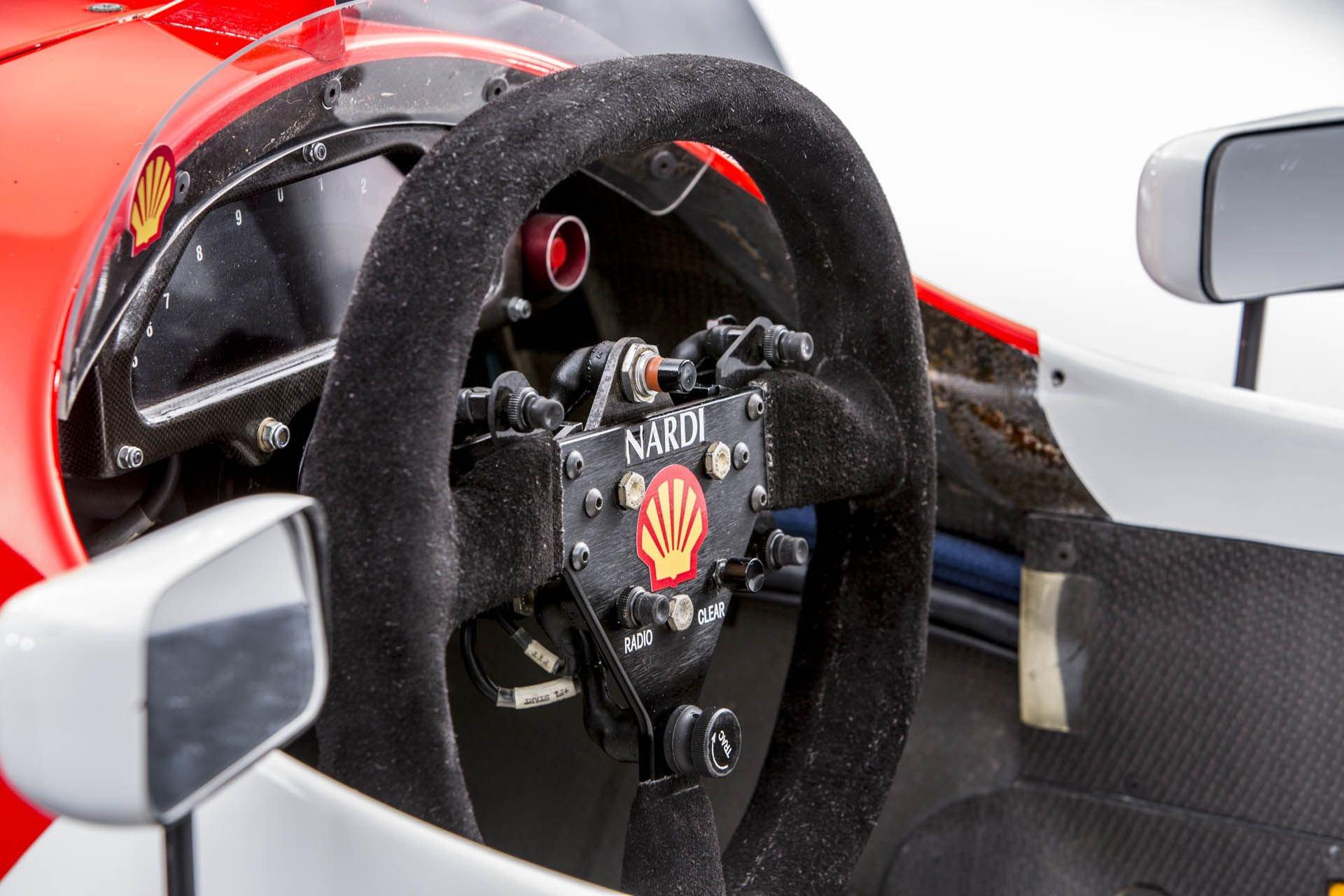 1993_McLaren_MP4_8A_0037