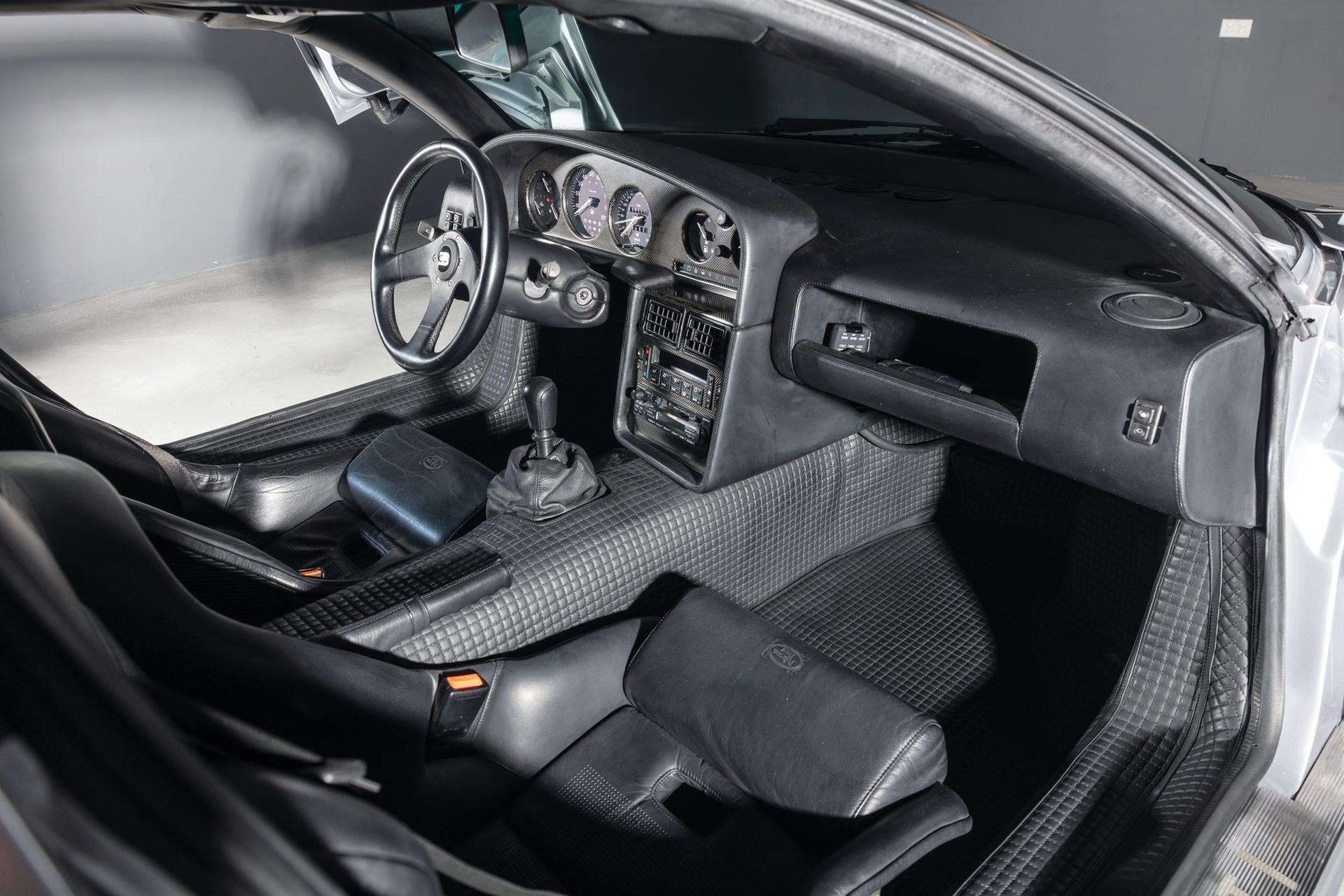 1994-Bugatti-EB110-Super-Sport_19