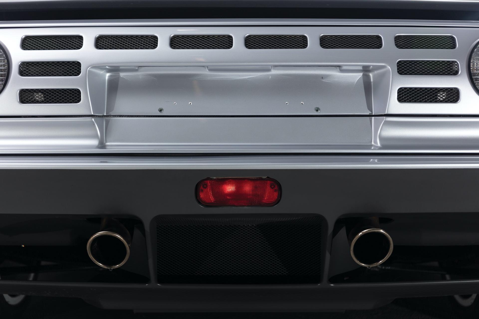 1994-Bugatti-EB110-Super-Sport_35