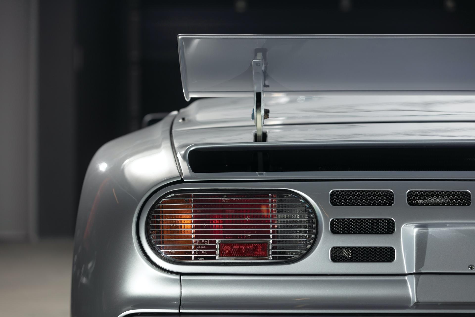 1994-Bugatti-EB110-Super-Sport_36