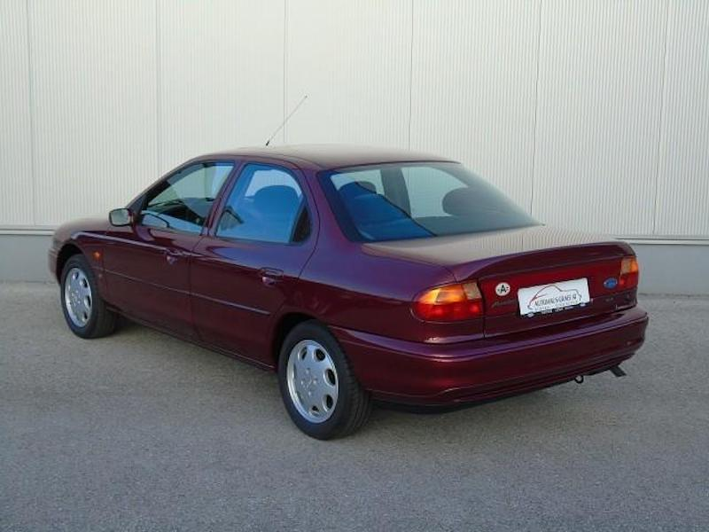 1996_Ford_Mondeo_sale_0002