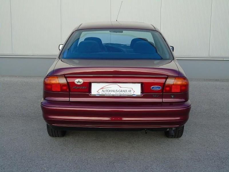 1996_Ford_Mondeo_sale_0003