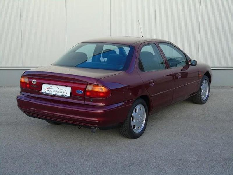 1996_Ford_Mondeo_sale_0004