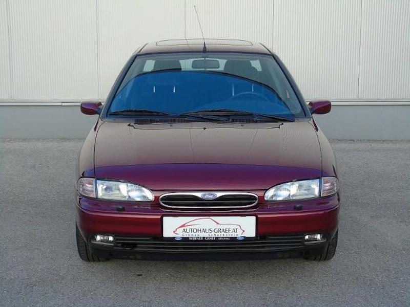 1996_Ford_Mondeo_sale_0007