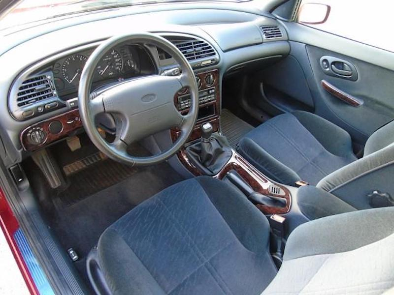 1996_Ford_Mondeo_sale_0008