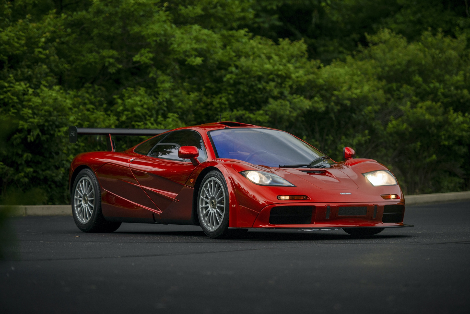 1998-McLaren-F1--LM-Specification-_12