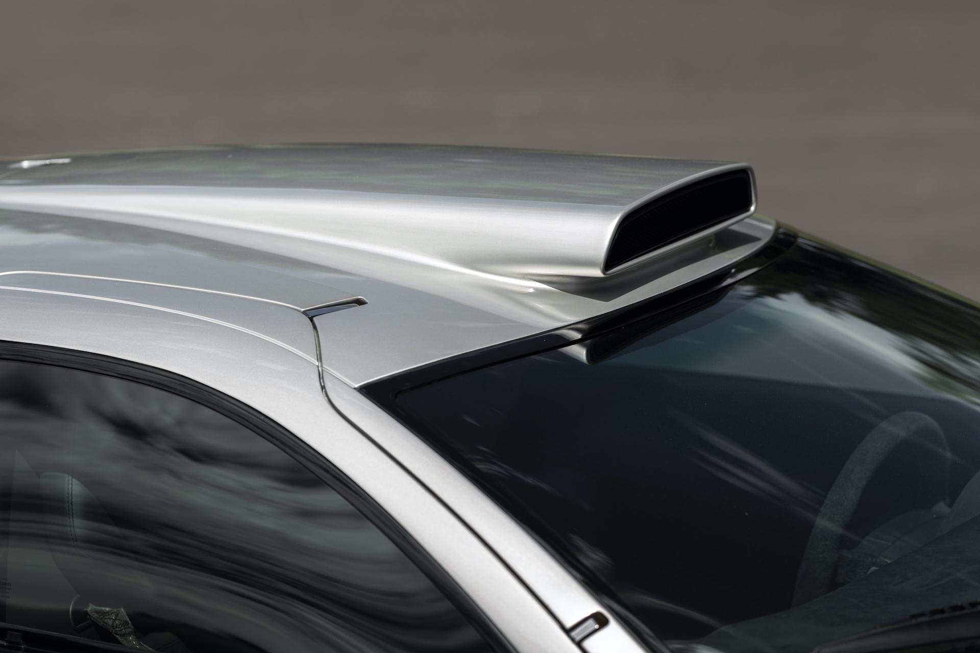 1998-Mercedes-Benz-AMG-CLK-GTR_7