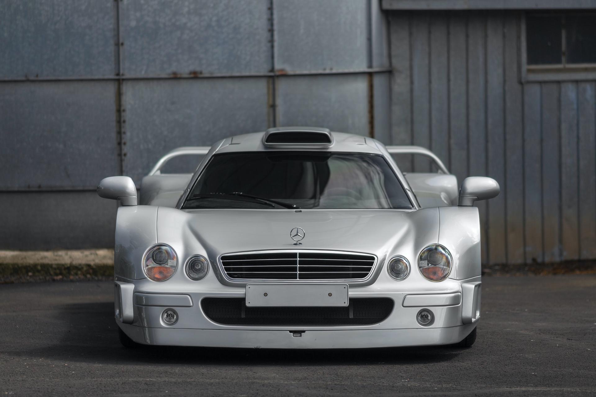 1998-Mercedes-Benz-AMG-CLK-GTR_8