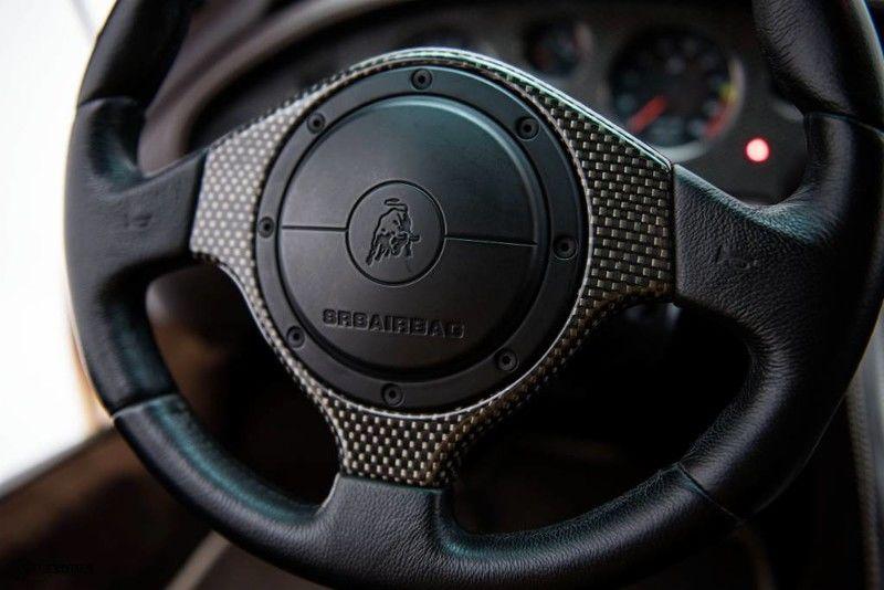 2001_Lamborghini_Diablo_6.0_SE_0010