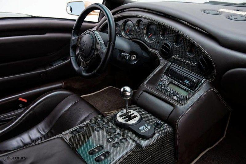 2001_Lamborghini_Diablo_6.0_SE_0012