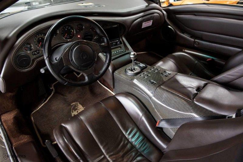 2001_Lamborghini_Diablo_6.0_SE_0021