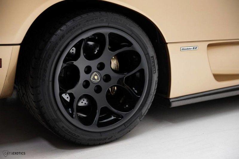 2001_Lamborghini_Diablo_6.0_SE_0030
