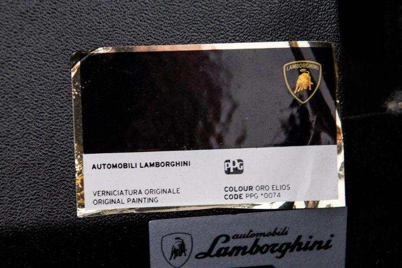 2001_Lamborghini_Diablo_6.0_SE_0031