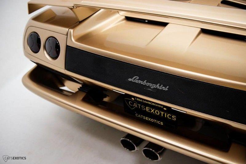 2001_Lamborghini_Diablo_6.0_SE_0048