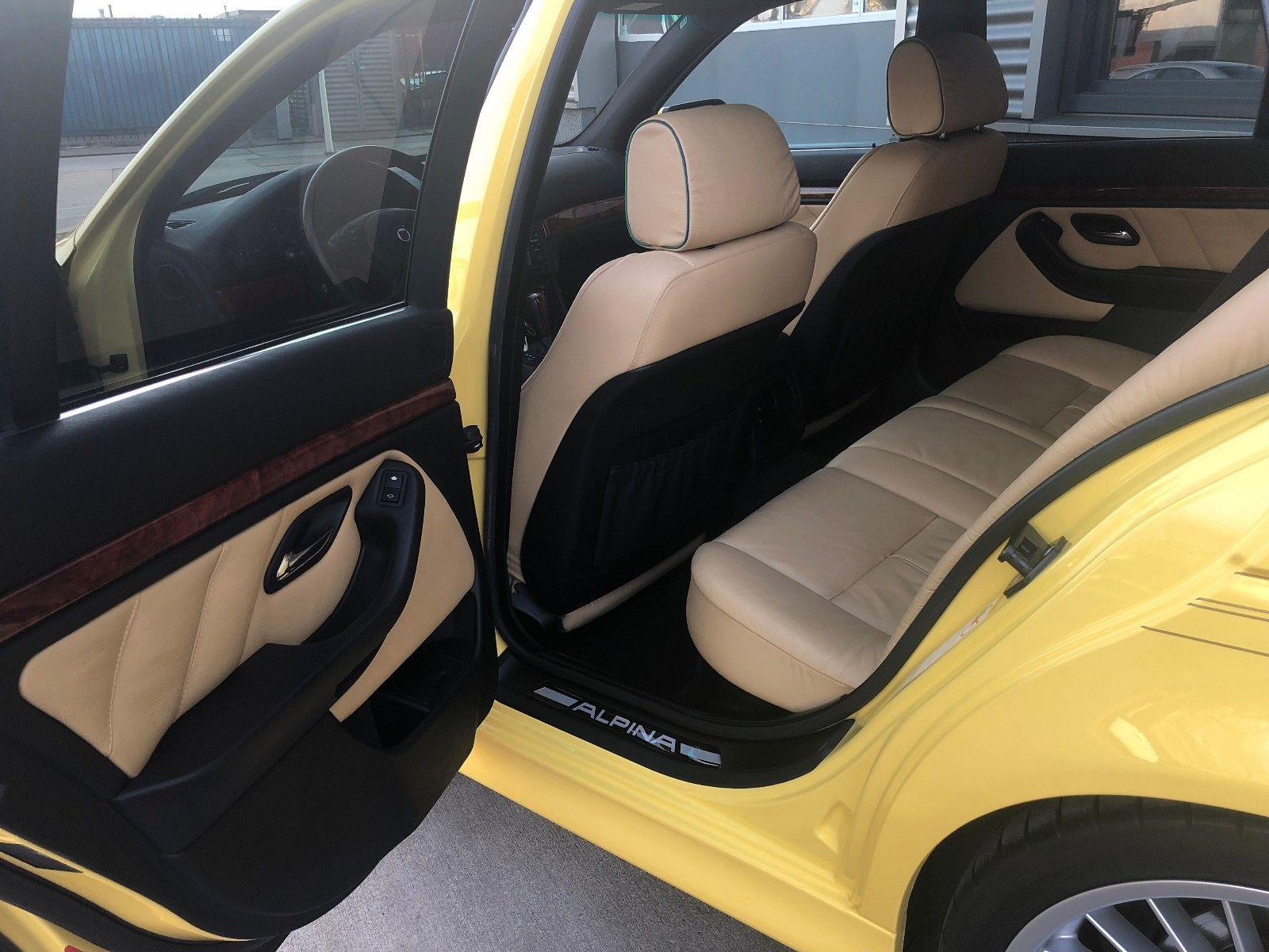 2003_Alpina_B10_V8S_Touring_0008