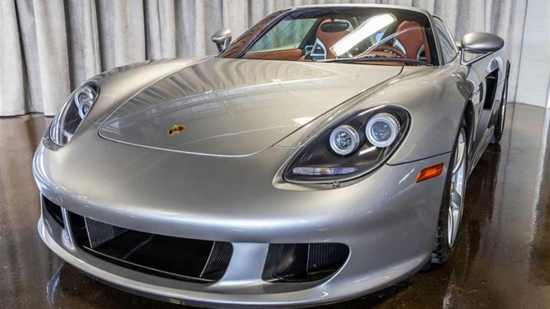 2005_Porsche_Carrera_GT_0000