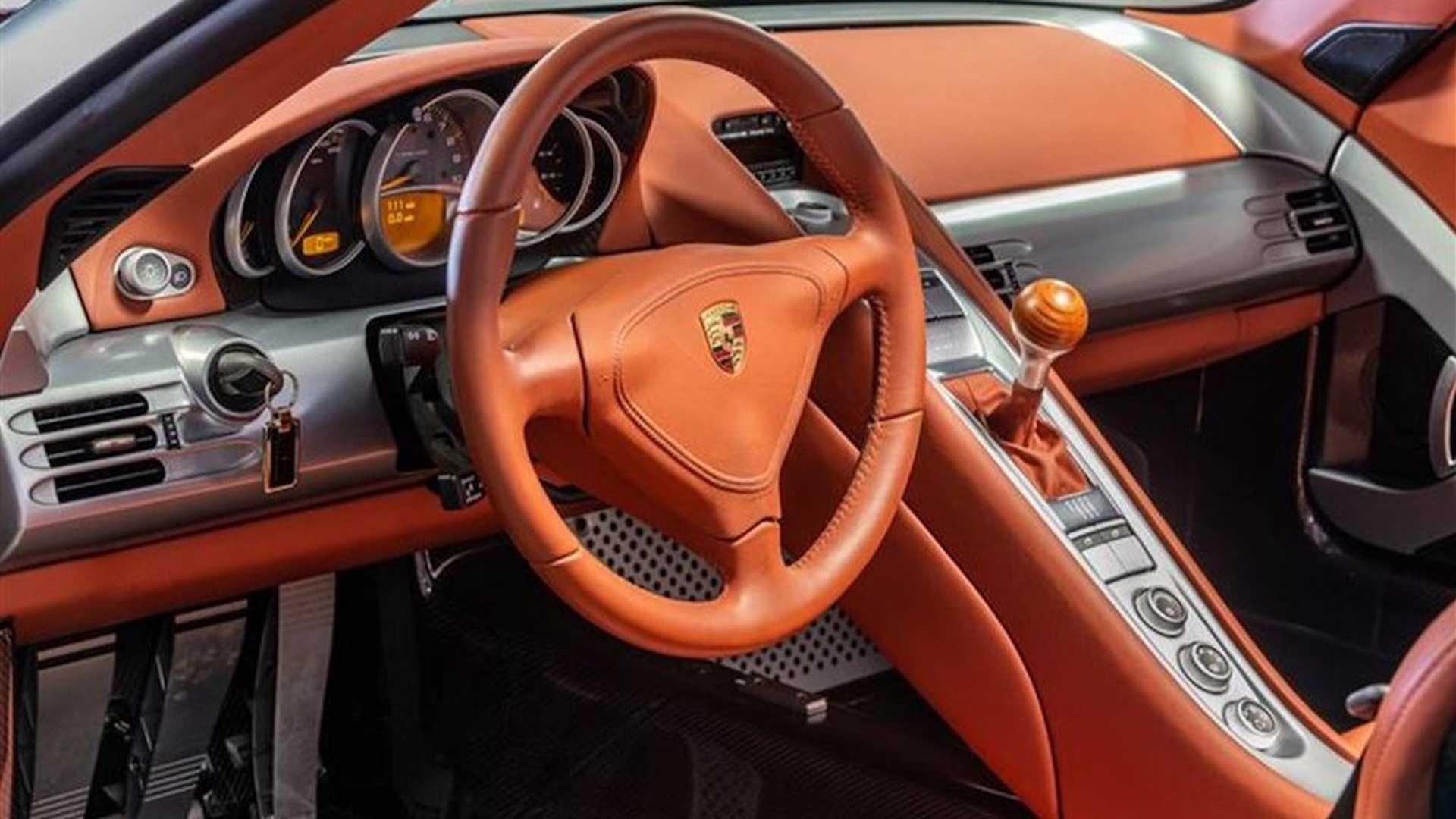 2005_Porsche_Carrera_GT_0006