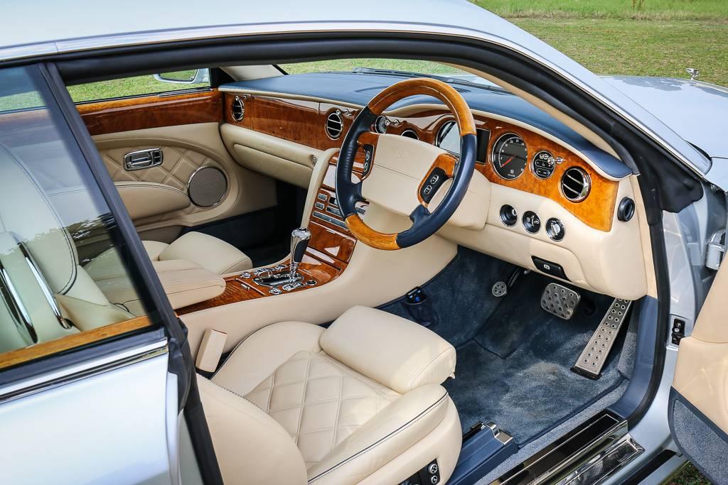 2008_Bentley_Brooklands_04