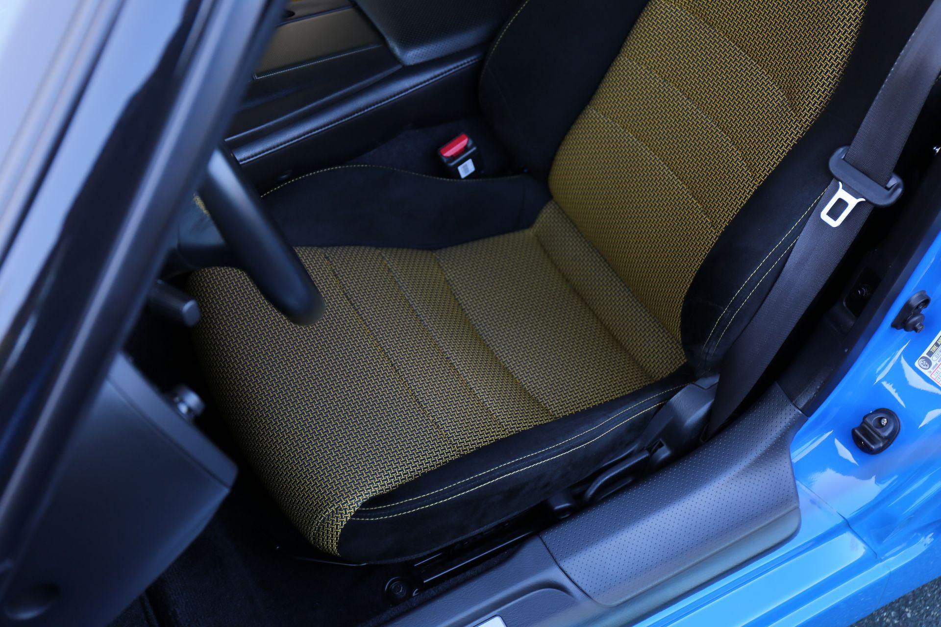 2008-Honda-S2000-CR_0018