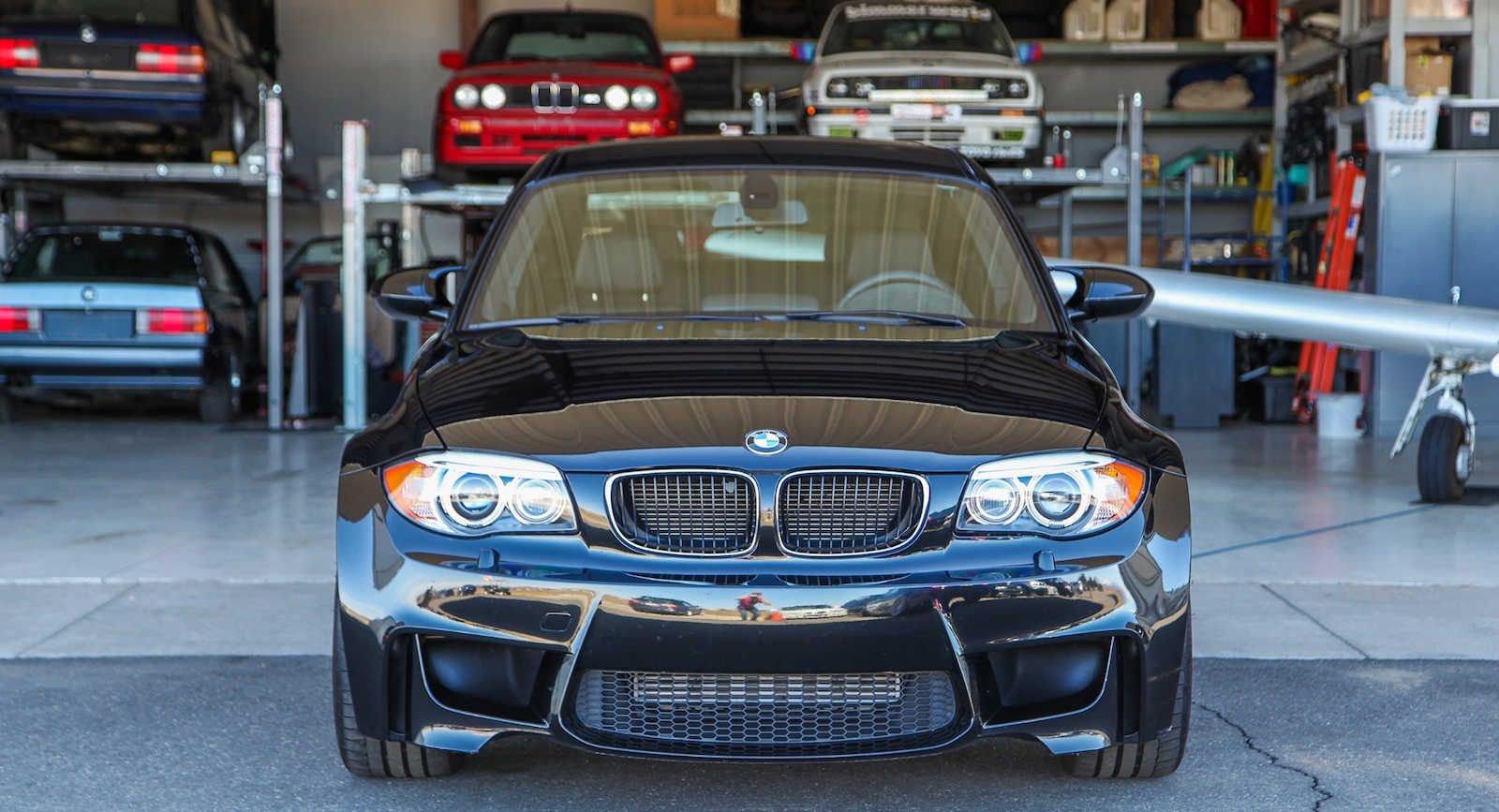 2011_BMW_1M_0006