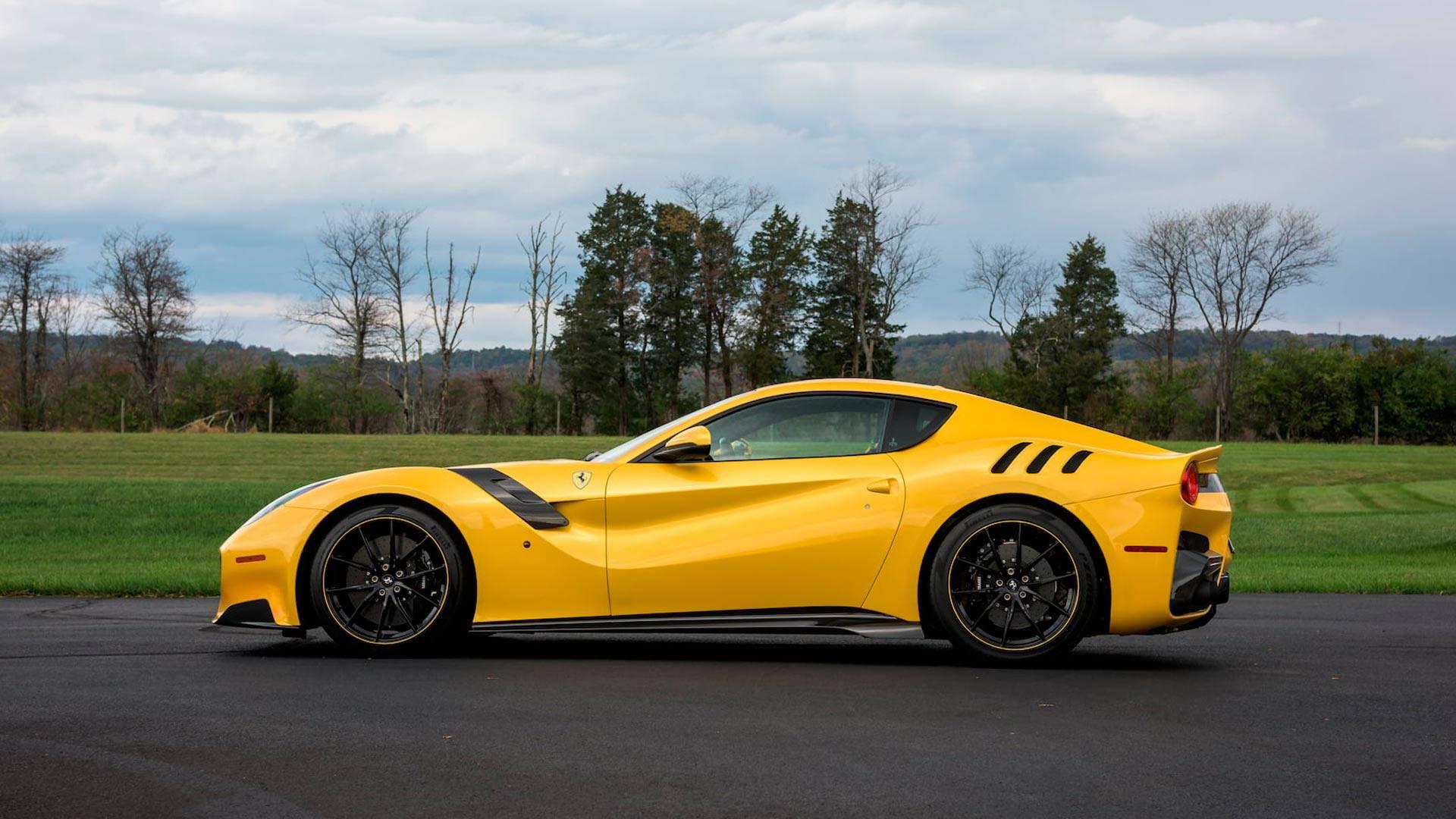 2016_Ferrari_F12TdF_Mecum_Auction_0003