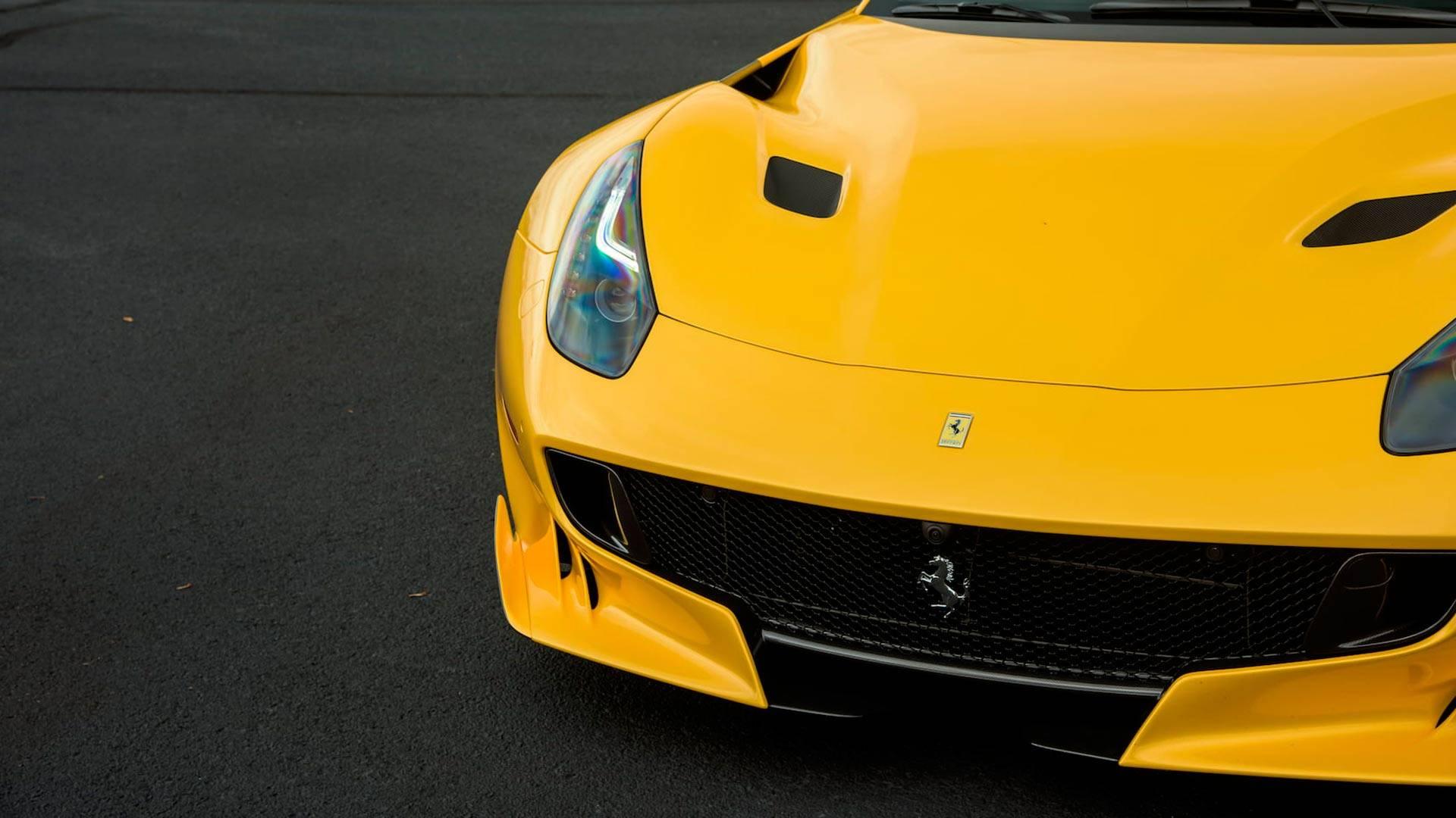2016_Ferrari_F12TdF_Mecum_Auction_0006