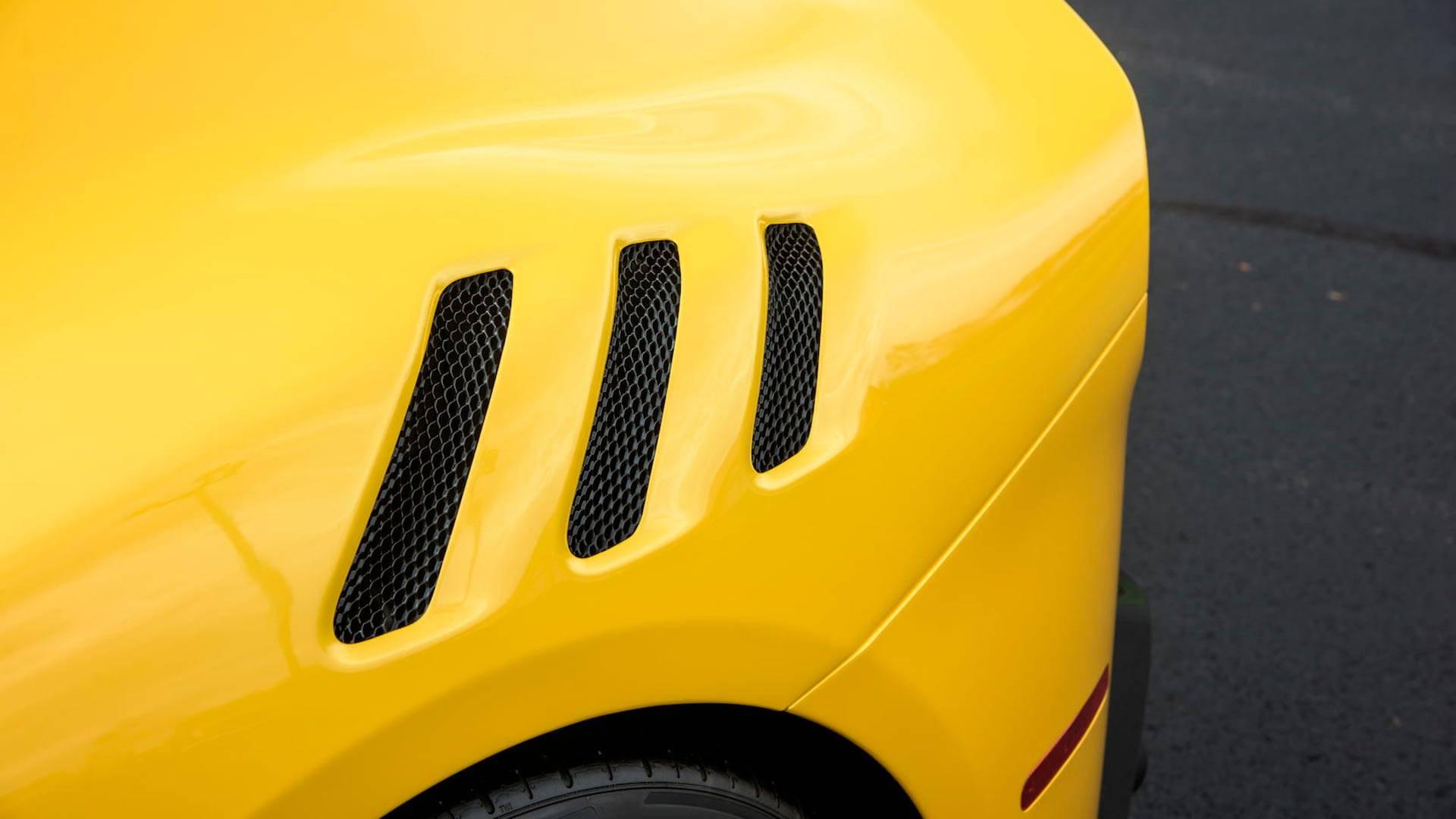 2016_Ferrari_F12TdF_Mecum_Auction_0008