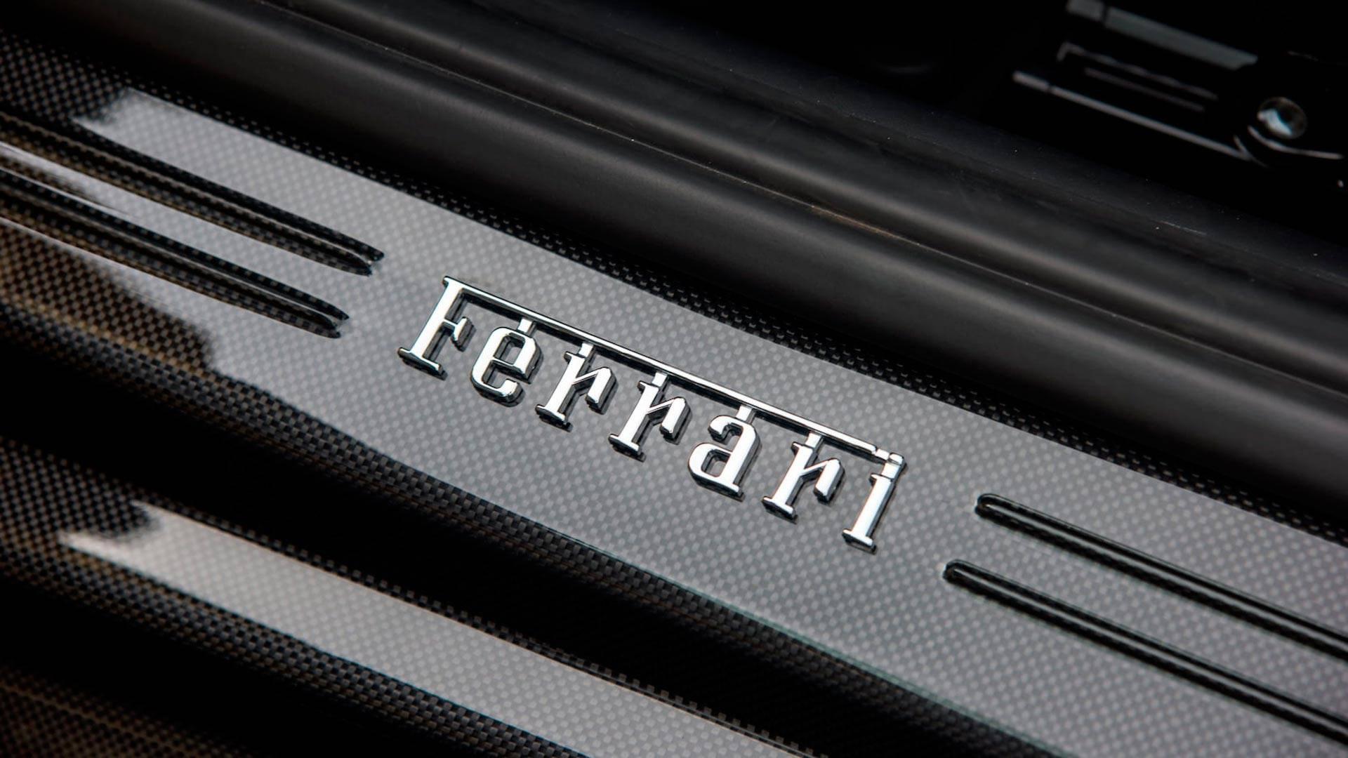 2016_Ferrari_F12TdF_Mecum_Auction_0017
