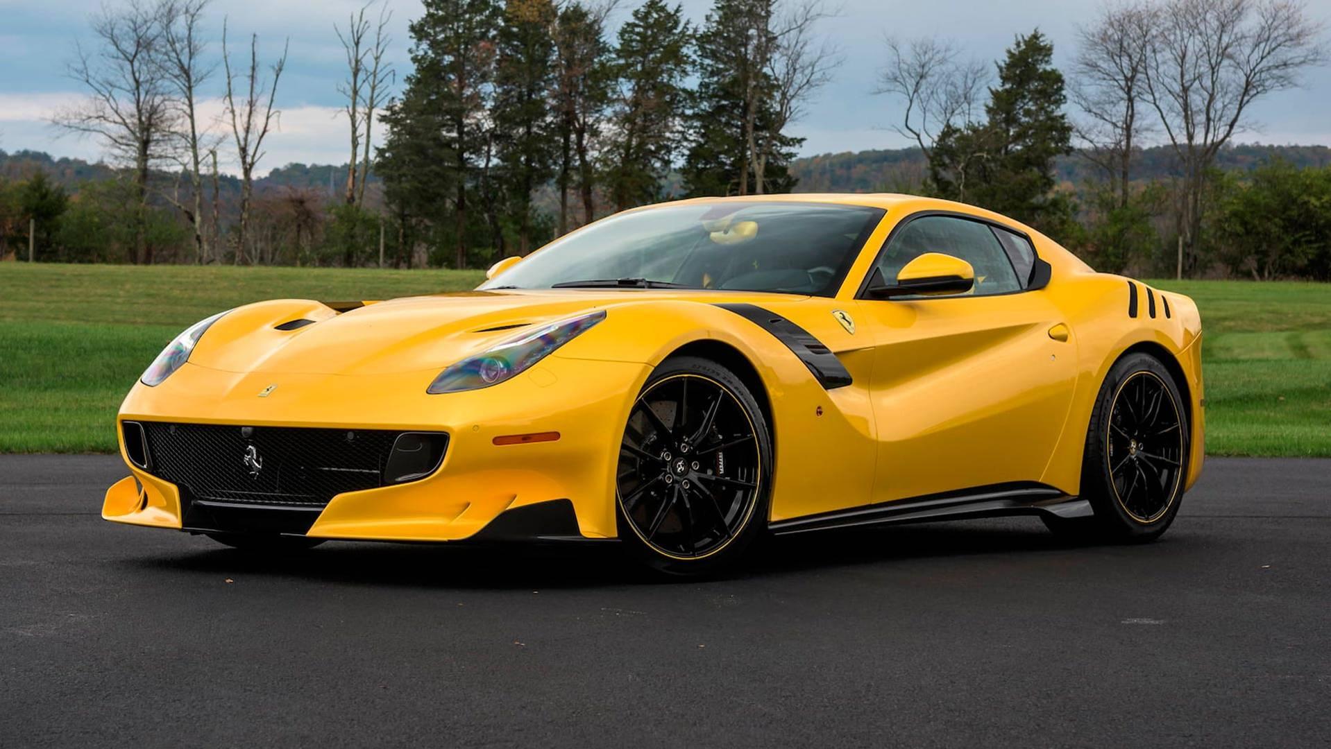2016_Ferrari_F12TdF_Mecum_Auction_0020