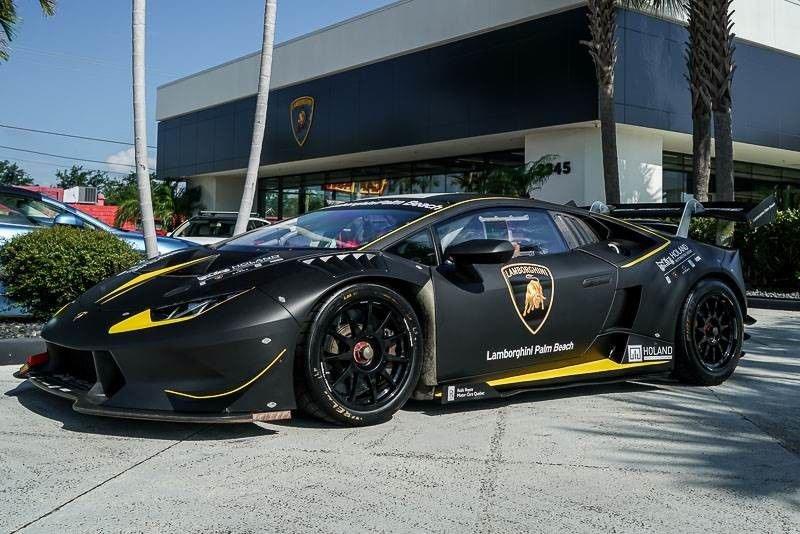 2016_Lamborghini_Huracan_Super_Trofeo_sale_02