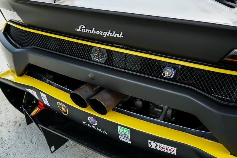 2016_Lamborghini_Huracan_Super_Trofeo_sale_09