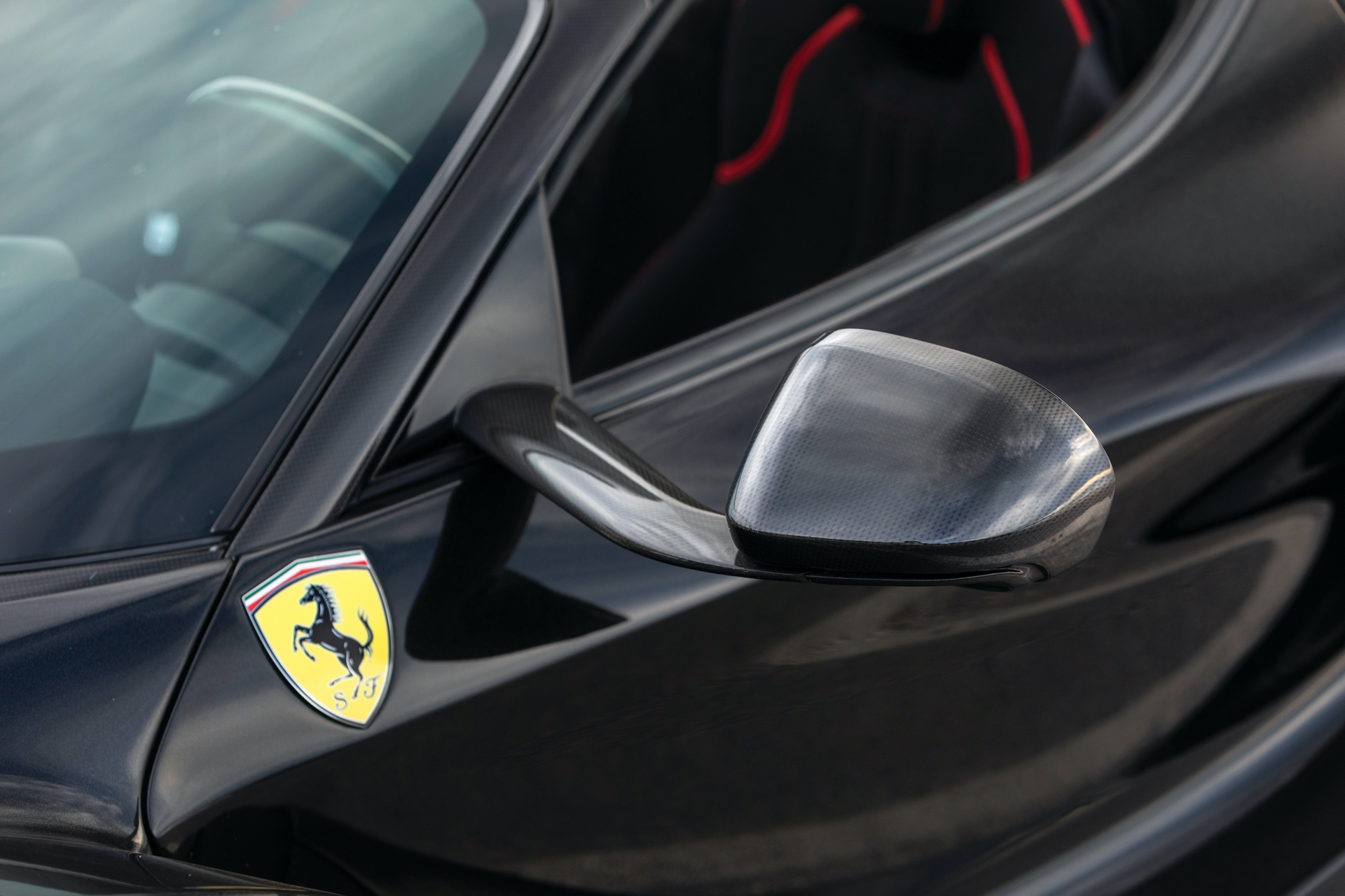 2017-Ferrari-LaFerrari-Aperta_9