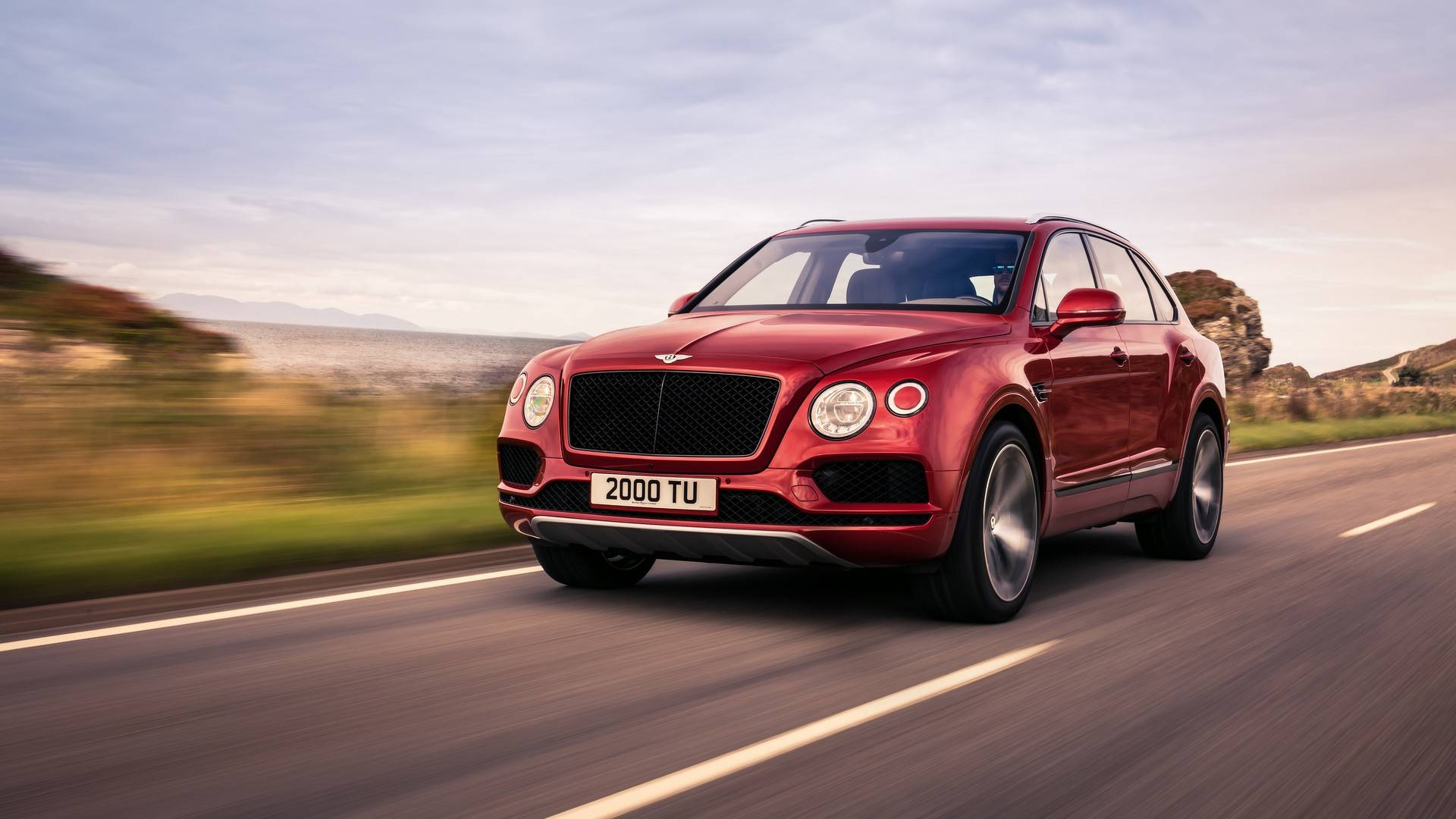 2018_Bentley_Bentayga_V8_0009
