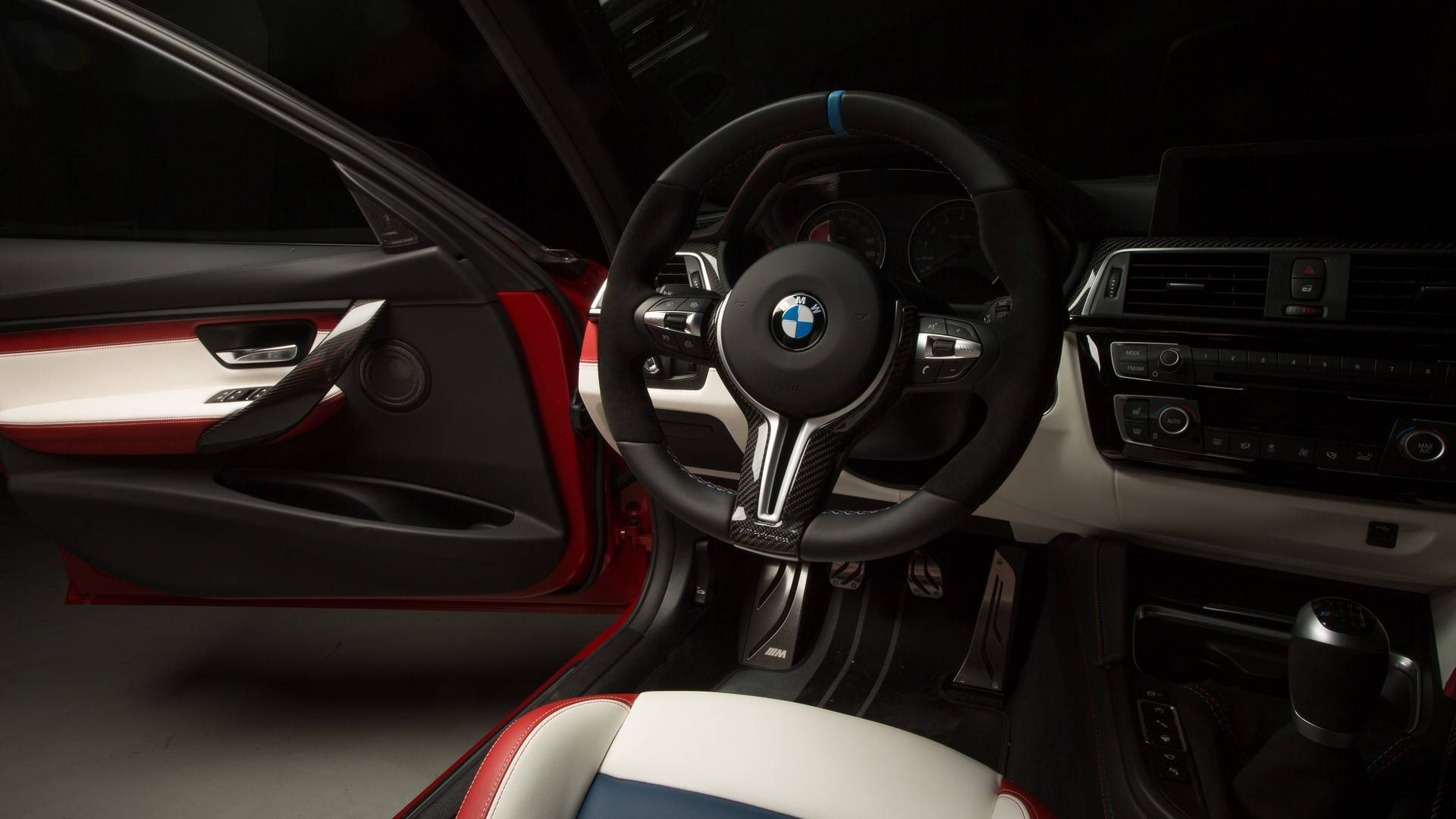 2018_BMW_M3_30_Years_American_Edition_0052