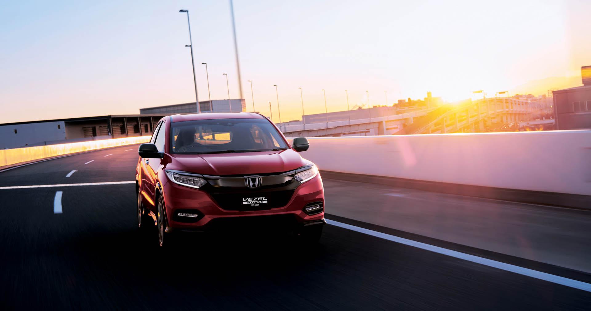 2018_Honda_Vezel_facelift_0022