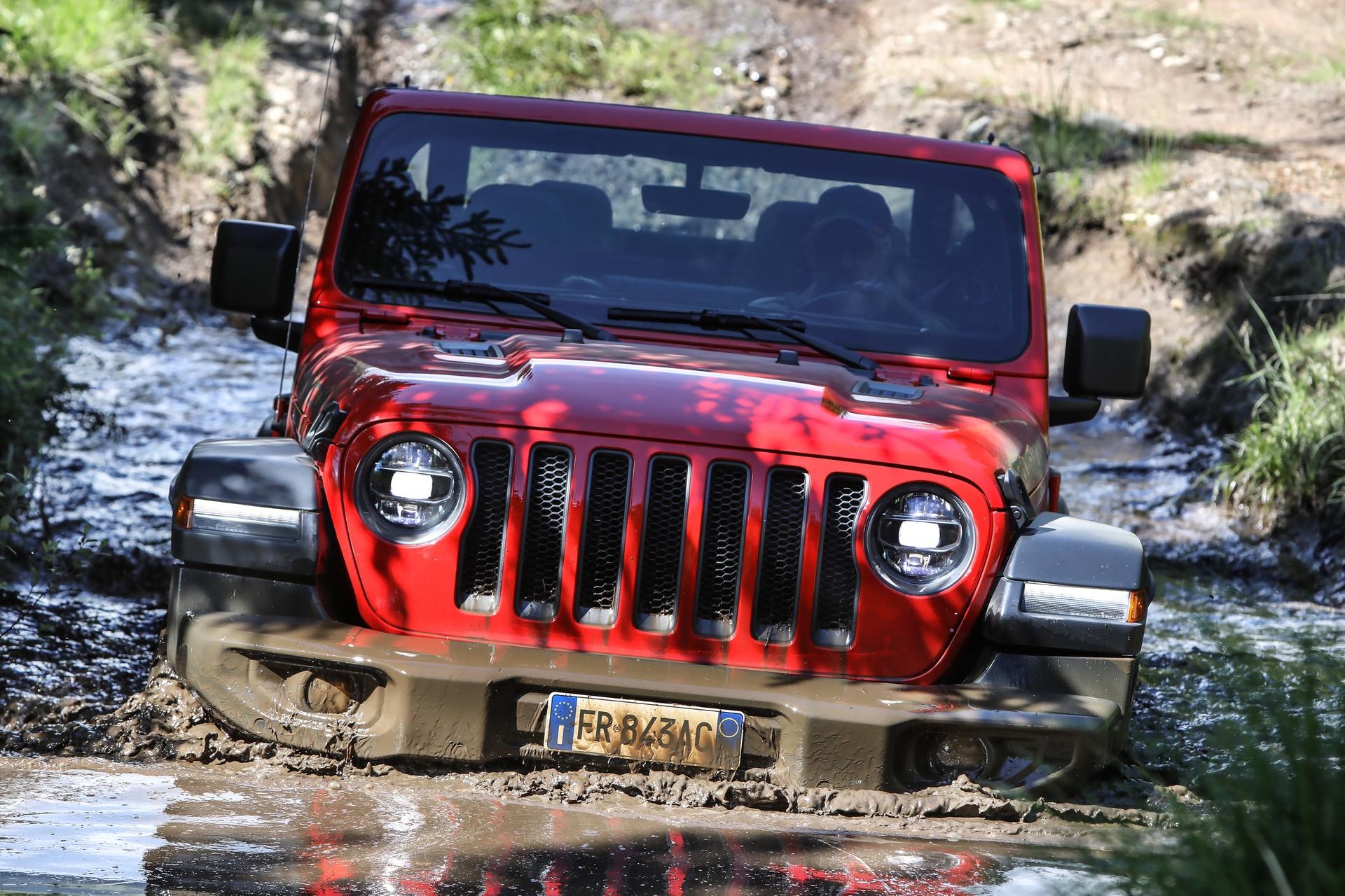 2018_Jeep_Wrangler_0014